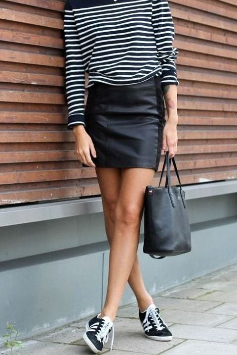 leather-it-up Outfits with Striped Sweater-23 Ways to Wear Sweaters with Stripes