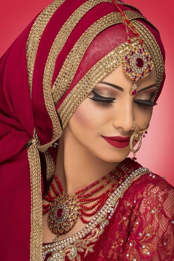 pallet Maang Tikka With Hijab – 17 Ways To Wear Hijab With Maatha Patti