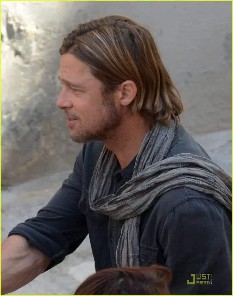 Brad-Pitt-Style-Scarf-805x1024 Men Scarves Fashion - 18 Tips How to Wear Scarves for Guys