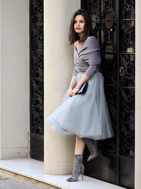 Go-grey Outfits for Winter Wedding - 19 Best Winter Dresses for Wedding