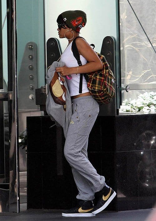 airport-look-1 Dope Outfits for Girls-24 Cute Dope Fashion Ideas to Check Now