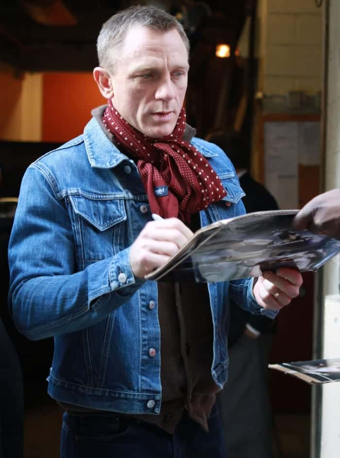 denim-jacket-with-scarfs-for-men Men Scarves Fashion - 18 Tips How to Wear Scarves for Guys