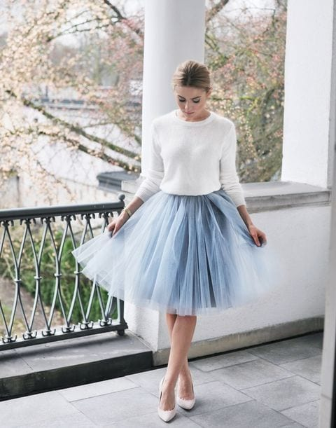 fairy-look Outfits for Winter Wedding - 19 Best Winter Dresses for Wedding