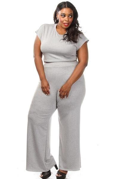 go-one-tone Palazzo Pants for Plus Size–24 Palazzo Outfit Ideas for Curvy Girls