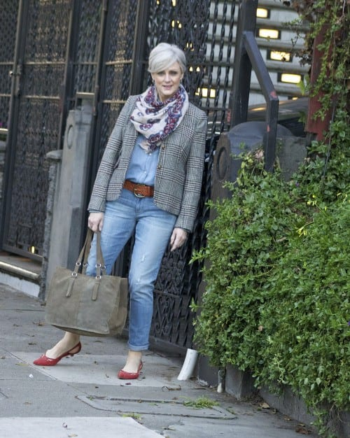 tomboy-chic 18 Outfits for Women Over 60- Fashion Tips For 60 Plus Women