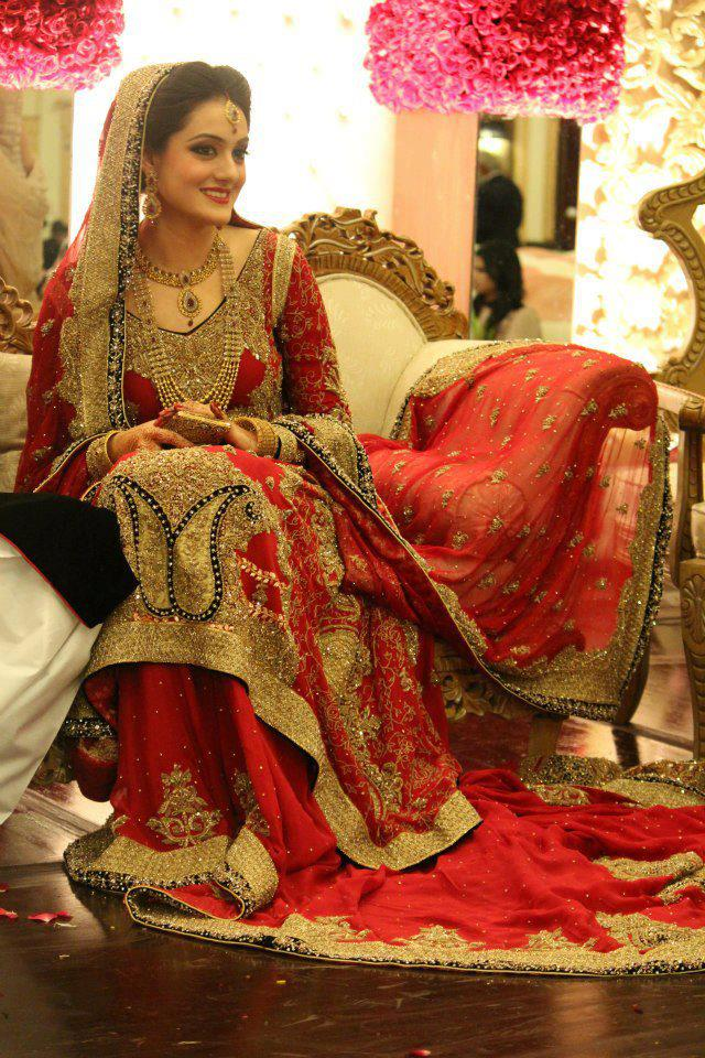 4-pakistani-red-bridal-lehenga-2015-12 Red Outfits For Women-18 Chic Ways To Wear Red Outfits