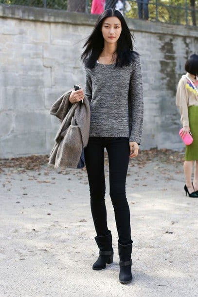 blackboots2 Outfits with Black Leggings – 21 Ways to Wear Black Leggings