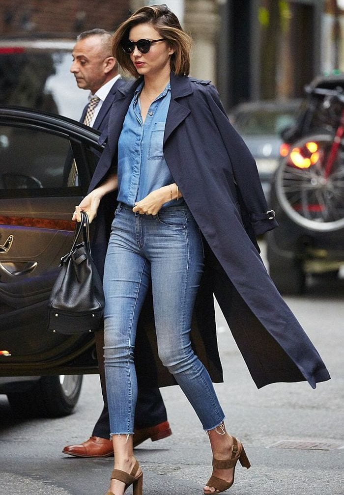 crop-jeans-with-sandal-heels Jeans Outfits in Heels - 20 Ways To Wear Jeans With Heels