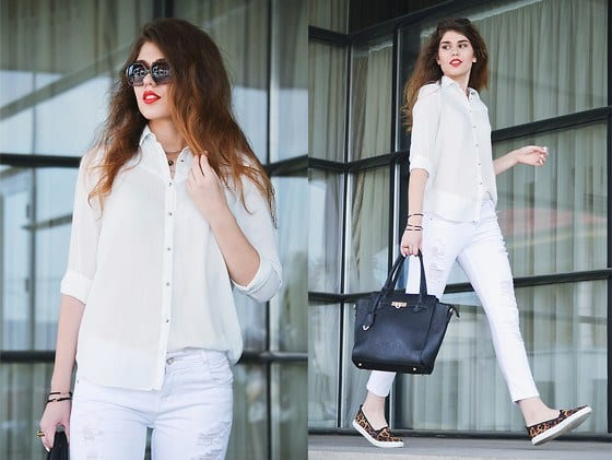 fall-outfit-ideas-with-white-jeans-4-1 White Shirt Outfits-18 Ways To Wear White Shirts For Girls
