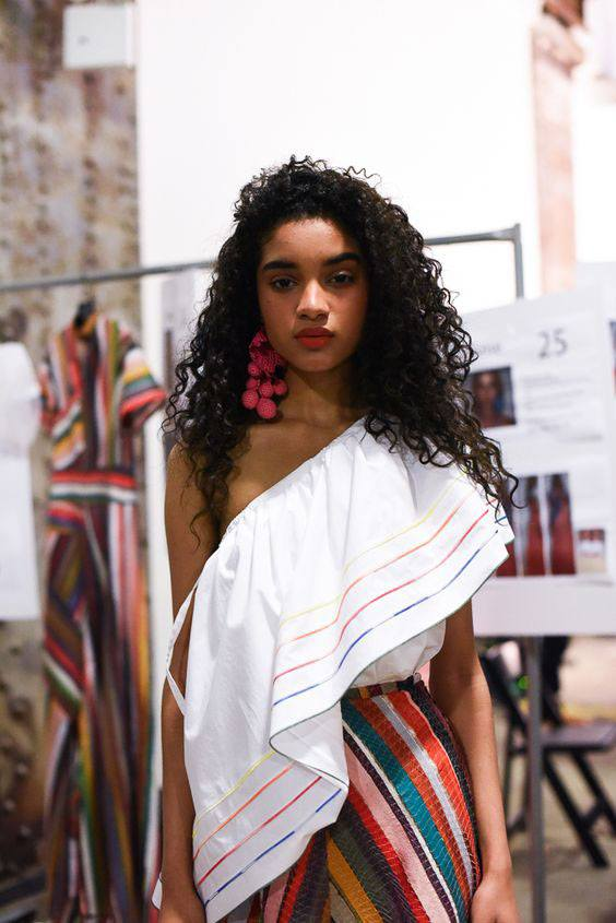 howtowearruffledtops20 Outfits with Ruffle Tops- 15 Ideas How To Wear Ruffle Tops