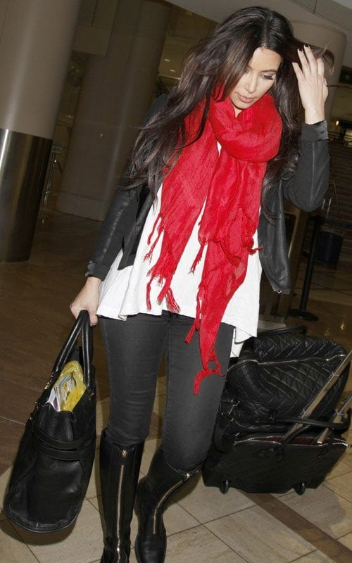 kim-kardashian-031512-6 Red Outfits For Women-18 Chic Ways To Wear Red Outfits
