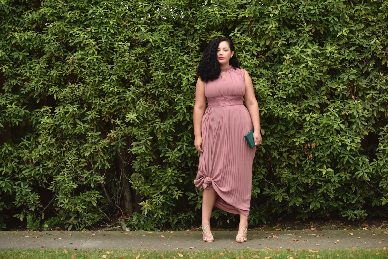 Plus size date outfits 20 ways to dress up for first date - Tenue plage femme ...