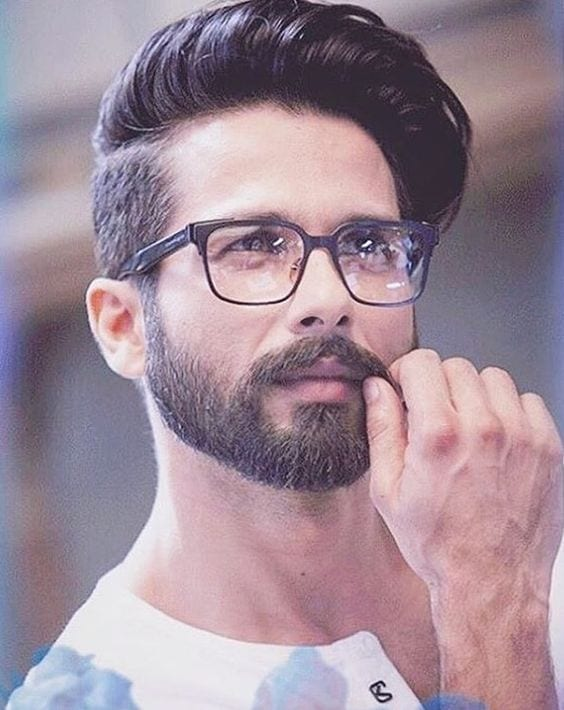 the-one-side-disconnected-hair 20 Best Patchy Beard Styles for Indian Men | Tips and Styling Ideas
