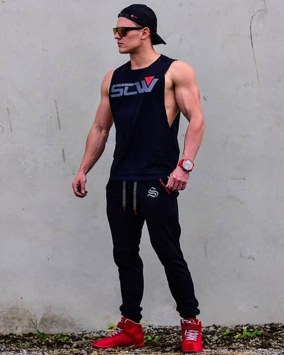 Bodybuilding-Workout-Clothes-for-Guys Men's Workout Outfits - 20 Athletic Gym-wear Ideas for Men