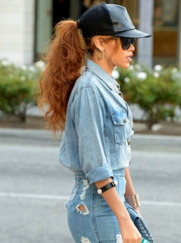 How-to-wear-a-Snapback-with-a-Ponytail.-373x500 Snapback Hairstyles for Girls- 25 Ways to Wear Snapback Hair