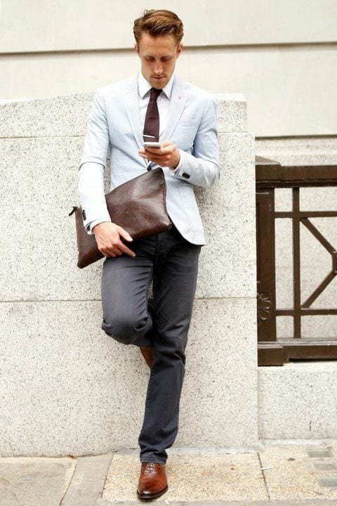 How to wear brown shoes with black pants for men (6)