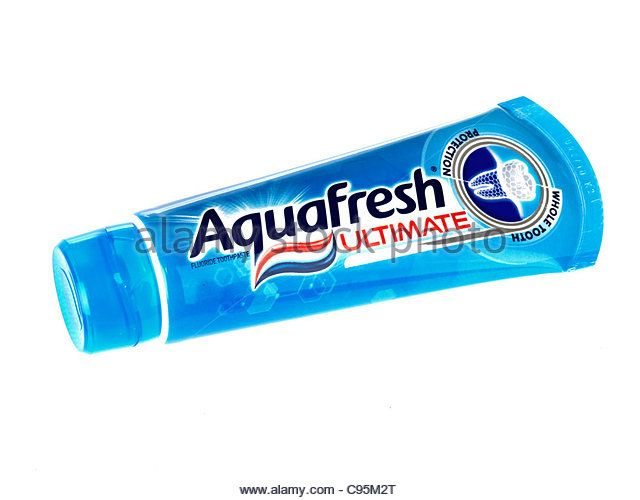 aquafresh-ultimate-toothpaste-c95m2t 15 Best Toothpaste Brands in World These Days
