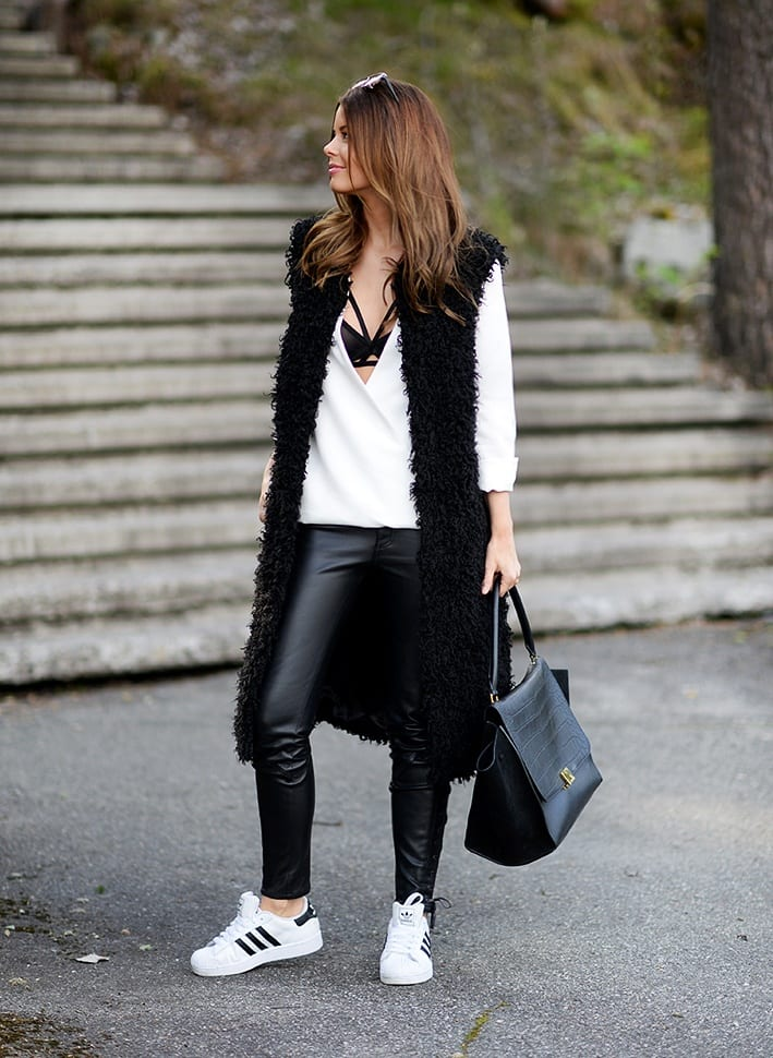 black-vest-outfit-ideas What to Wear with a Vest – 20 Best Vest Outfit Ideas for Women