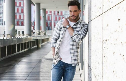 how-to-wear-a-flannel-shirt-thats-too-big-500x321 Guys Flannel Shirts - 20 Best Flannel Outfit Ideas for Men