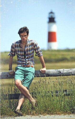 how-to-wear-a-flannel-shirt-with-shorts-315x500 Guys Flannel Shirts - 20 Best Flannel Outfit Ideas for Men