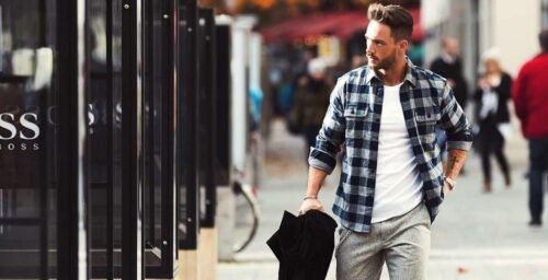 how-to-wear-a-grey-flannel-shirt-500x256 Guys Flannel Shirts - 20 Best Flannel Outfit Ideas for Men
