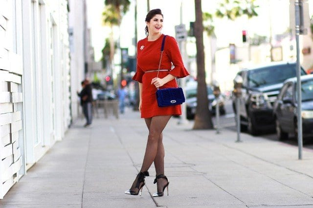 velvet-dress-with-velvet-bag Outfits with Velvet Bags- 20 Ideas to Wear with a Velvet Bag