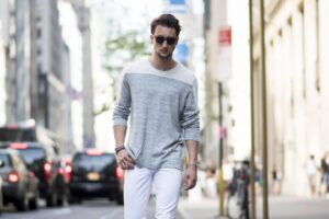 how to wear white jeans for men (23)