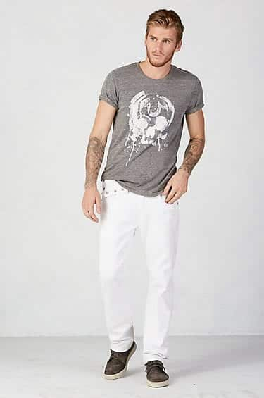 what-to-wear-with-white-jeans-casual White Jean Outfits for Men-Top 25 Ideas for White Jeans Guys