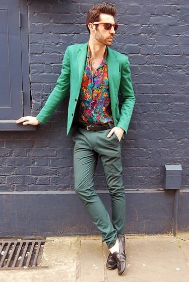 with-pants Floral Shirt Outfit for Men-25 Ways to Wear Guys Floral Shirts