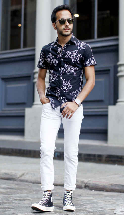 with-sneakers White Jean Outfits for Men-Top 25 Ideas for White Jeans Guys