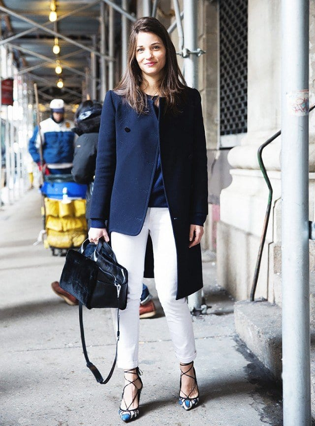 workplace-outfit-with-velvet-bag Outfits with Velvet Bags- 20 Ideas to Wear with a Velvet Bag