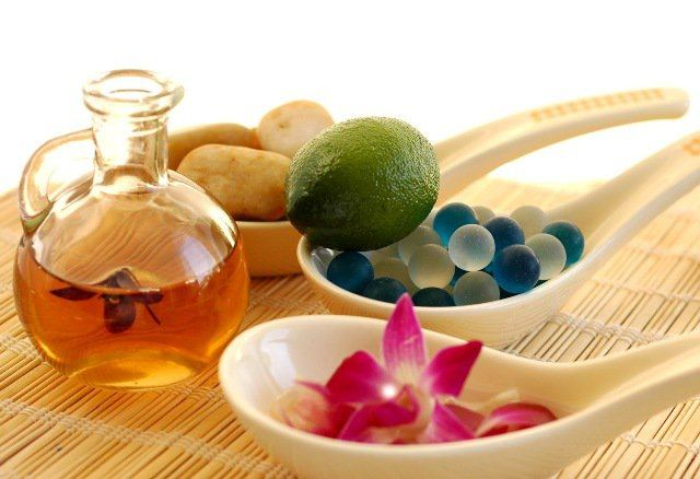 10_Amazing_Beauty_Oils_For_Glowing_Skin-1 How To Get Glowing Skin? Tips To Make Your Skin Glow Naturally