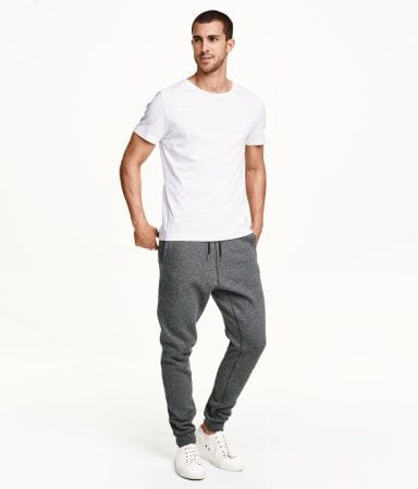 Classic-Sweatpants-And-Sneakers-Look Men's Sweatpants Shoes-20 Shoes To Wear With Guys Sweatpants