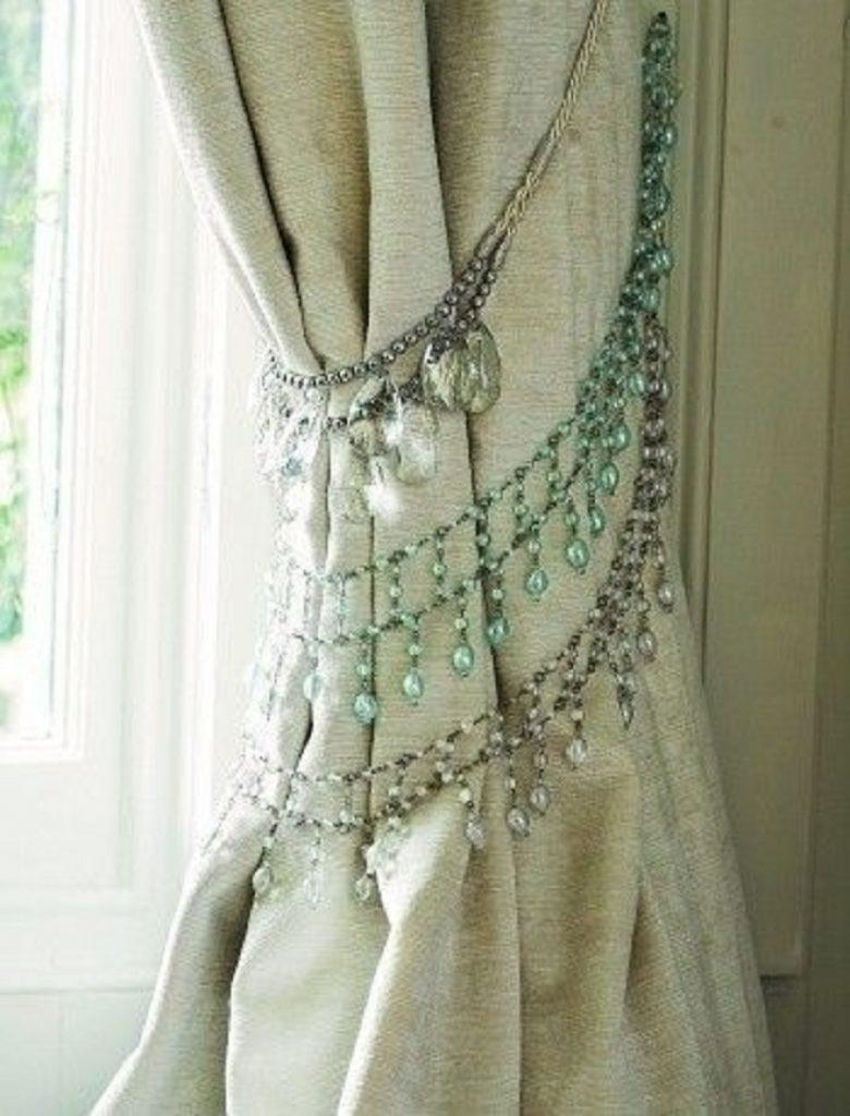 Necklace-tieback-780x1024 Hacks for Home Decor- 25 Cheap DIY Home Decor Projects