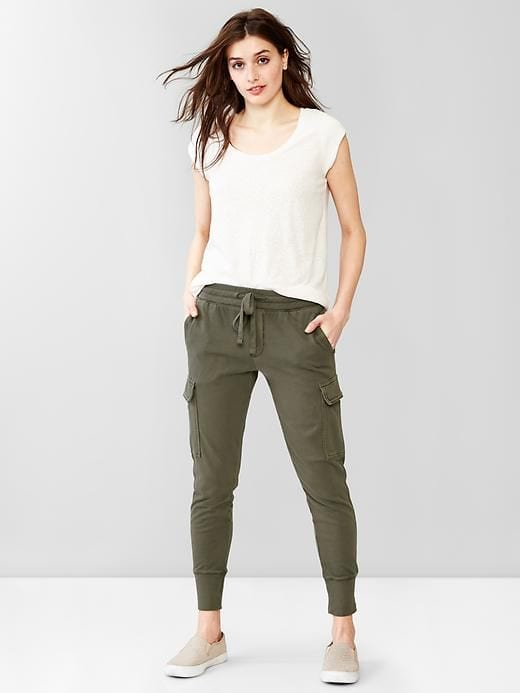 Fashoin for Women - Top 20 Shoes For women To Wear With Sweatpants