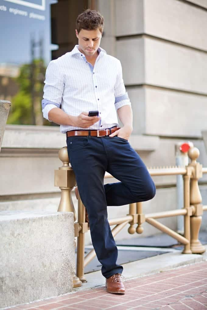 Summer Business Attire Ideas for Men. When it comes to business attires, you just can't just throw on the tee that sits nearest to you. You have to wake up shave, make sure your outfit is ironed without even a crease left and then head to work after setting your hair and polishing your shoes.