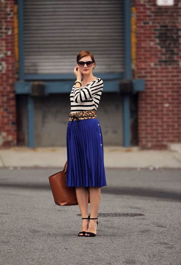 how to wear cobalt blue skirts (7)