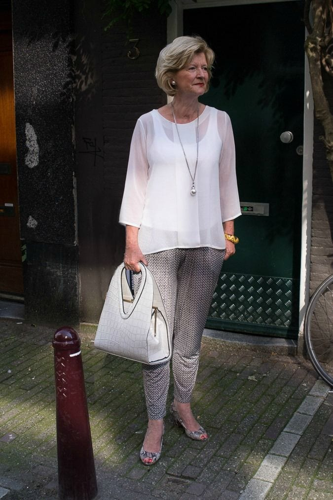 gray-pant-and-white-top 30 Best Summer Outfits for Women Above 50 - Style Tips