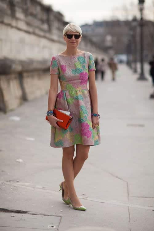 half-sleeves-dress 30 Best Summer Outfits for Women Above 50 - Style Tips