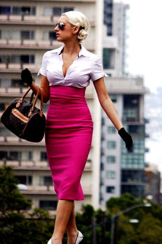 hot-pink-high-waisted-skirt Outfits with Pink Skirts-30 Ideas How to Wear Hot Pink Skirts