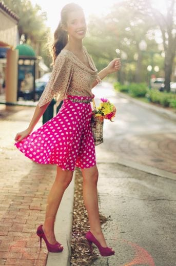 hot-pink-skirt-with-polka-dots Outfits with Pink Skirts-30 Ideas How to Wear Hot Pink Skirts