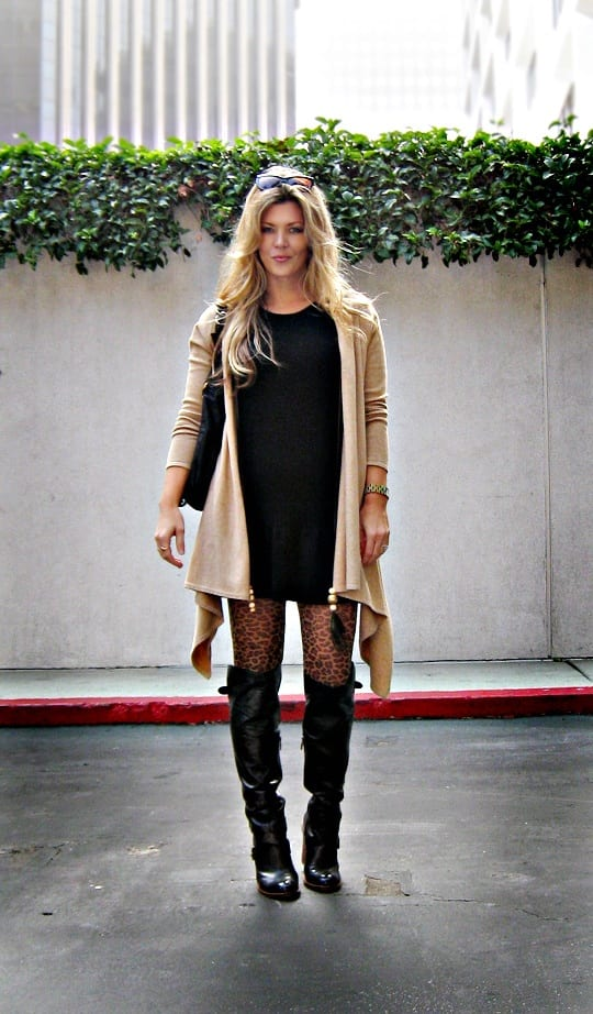 long-boots-and-shrug College Girls Dressing–18 Ideas & Tips to Dress Well in College