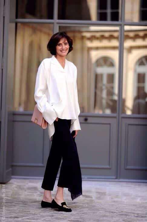 oversized-shirt-and-straight-pants 30 Best Summer Outfits for Women Above 50 - Style Tips