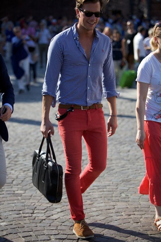 18-1 Men Outfits with Red Pants-30 Ways for Guys to Wear Red Pants