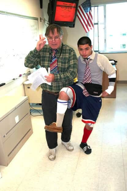 Mismatch-Shoes-And-Socks Mismatch Outfits Guys- 25 Ideas What to Wear on Mismatch Day