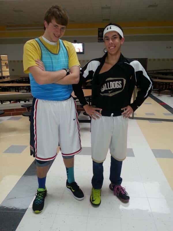 Mismatched-Sports-Wear Mismatch Outfits Guys- 25 Ideas What to Wear on Mismatch Day