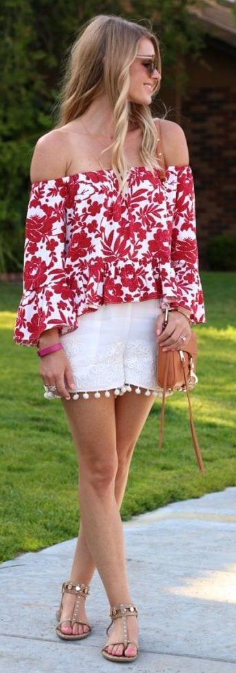 Off-Shoulder-Floral-Blouse-Outfit Girls Floral Blouse Outfits-25 Ways To Style a Floral Blouse