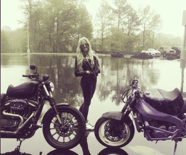 biker-girl-christinaleebillings 21 Most Beautiful Biker Girls You Should Follow