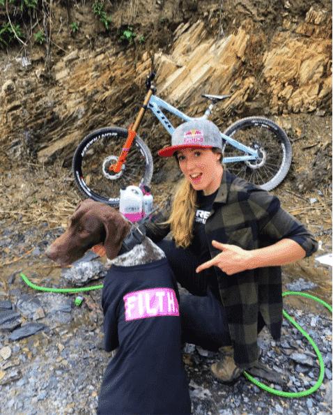 biker-girls 21 Most Beautiful Biker Girls You Should Follow