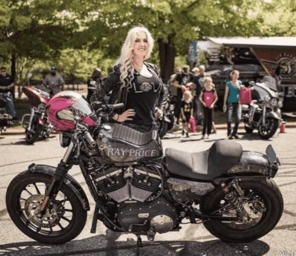 christinaleebillings-biker-girl-instagram 21 Most Beautiful Biker Girls You Should Follow
